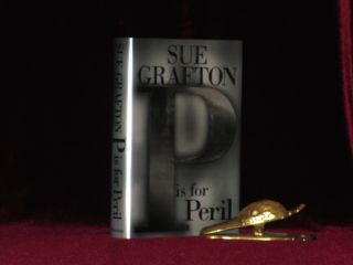 P IS FOR PERIL. Sue GRAFTON, SIGNED