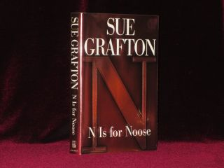 N IS FOR NOOSE. Sue GRAFTON, SIGNED