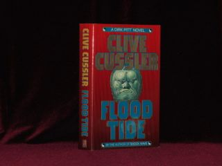 Flood Tide. A Dirk Pitt Novel (Signed). Clive Cussler